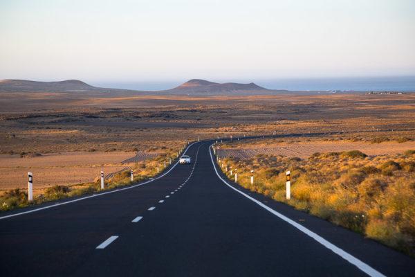 Route vers Famara sur l'île de Lanzarote dans les Iles Canaries