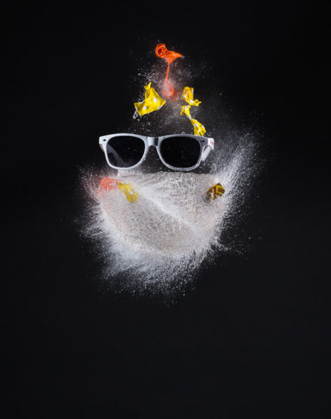 Explosion d'un ballon rempli d'eau